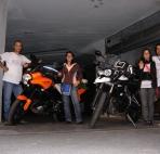 Staff viaggiare in moto