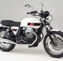 Moto Guzzi V7 Classic 750
